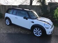 MINI CLUBMAN COOPER D (white) 2012