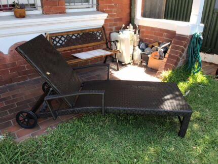 Outdoor Deck/Long chair