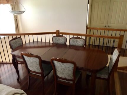 Timber dining table & chairs