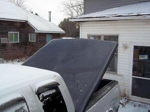 Redused Ford fibourglass truck tonneau