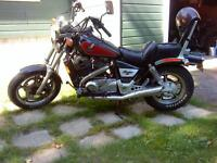 1985 Honda Shadow  ( LIKE NEW )