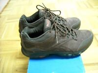 REEBOK DMX MAX HIKING WALKING SHOES MEN'S SIZE 7.5 WOMEN'S 9.5