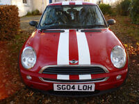 MINI ONE 2004 3 door Hatch Red with white stripes