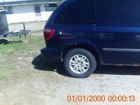 parting out 2002-2005 dodge caravans plus others