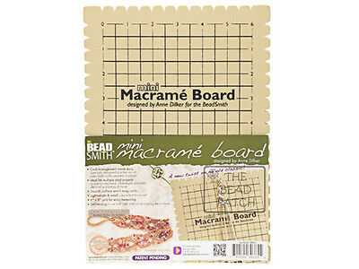 BEADSMITH MACRAME BOARD  7.5 x 10 inches - 6 X 9 Grid
