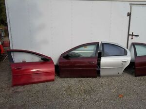 Chrysler Dodge Neon Sx 2.0  2000-2005 doors ,fenders,hood,trunk