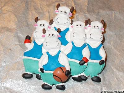 VINTAGE 80'S COMEDY SPORTS COWS BROOCH BASKET BALL UNWORN (80s Basketball Costume)