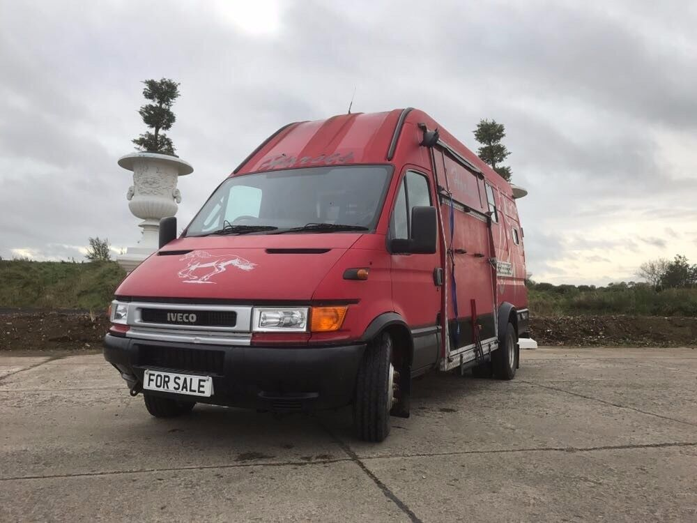 2002 IVECO DAILY HORSEBOX LORRY 6.5 TONNE