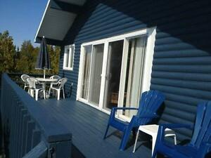 Great Rates - May-June - Waterfront Cottage close to Tobermory