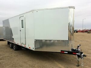 2017 RoyalCargo XRARSMT60-826-78 Enclosed Snowmobile Trailer