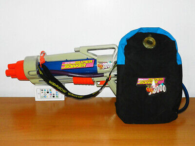 Water Gun With Backpack (Vintage 90s Larami Super Soaker CPS 3000 with Backpack Water Gun Toy)