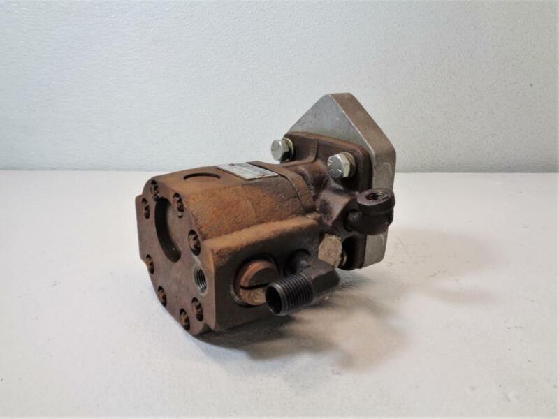 John S. Barnes Hydraulic Pump 10393, 870, 623031008