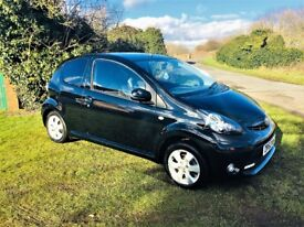 TOYOTA AYGO 1.0 VVT-I FIRE AC, Looks and drives superb (black) 2013