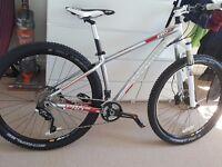 Boardman Mountain Bike Pro Hardtail 29er almost new