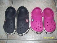 Girls Croc size 8/9