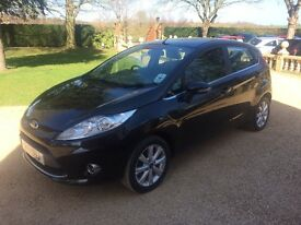 FORD FIESTA 1.2 Zetec, MOT March 2018, Just Serviced, Excellent all round (black) 2011