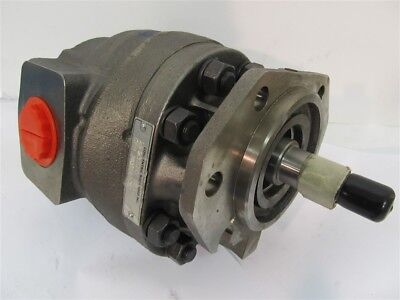 International Navistar 3832590c91 Cast Iron Hydraulic Pump