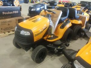 Poulan Pro 22V48 Riding Mower at Auction