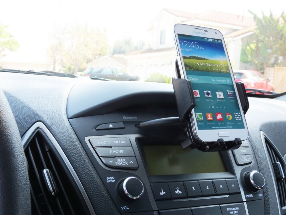 Car CD Slot Mount One-Touch Cradle Cellphone Holder for