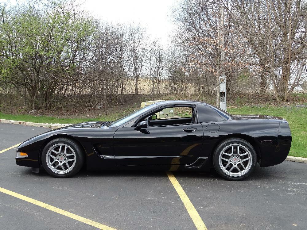 2002 Black Chevrolet Corvette Z06  | C5 Corvette Photo 9