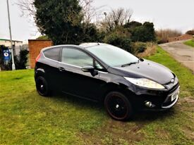 FORD FIESTA 1.4 TITANIUM, Excellent Low Mileage Example, MOT Nov 2018 (black) 2010