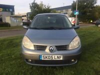 Renault Megane Scenic 1.6 2005 MPV in very good condition the car drives excellent 1 year MOT