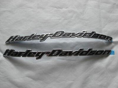 HARLEY DAVIDSON TANK EMBLEMS Tank Signs Tank Emblems 62417-10 & 62410-10