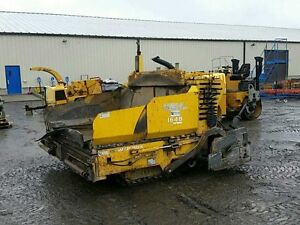 2005 Gehl 1648 Asphalt Paver at Auction