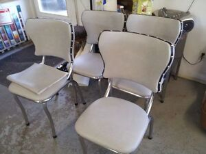 MAKE YOUR OLD CHAIRS NEW AGAIN ! Strathcona County Edmonton Area image 7
