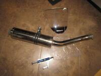 Original exhaust and windshield