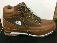 Size 7 north face free Delivery
