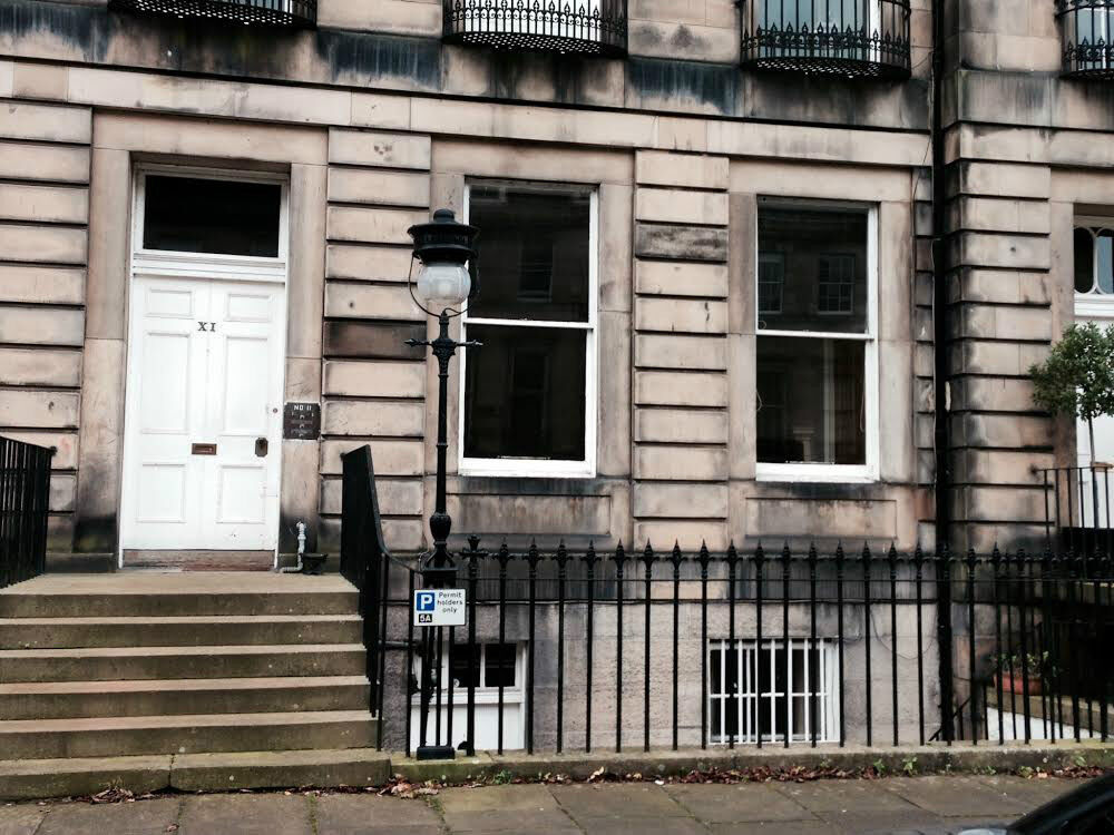 Very Spacious Ground Floor 1 Bedroom Flat available in New Town Area of Edinburgh, Gloucester Place