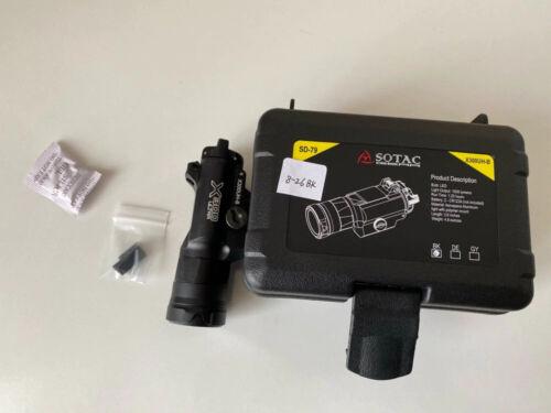 Surefire X300UH-B REPRODUCTION 700 Lumens LED Flashlight Airsoft Black Tactical