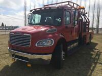 2007 Freightliner M2 106 Service Truck - LOW KM'S - Current CVIP
