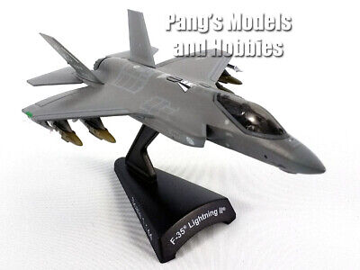 Lockheed F-35 (F-35A) Lightning II USAF 1/144 Scale Diecast Model Airplane