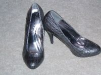variety of ladies shoes