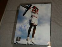 Toronto Raptors Basketball signed 8 by 10 photo Camby Carter Sto
