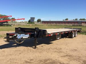 2016 Diamond C FMax 215 Industrial Flatdeck Trailer