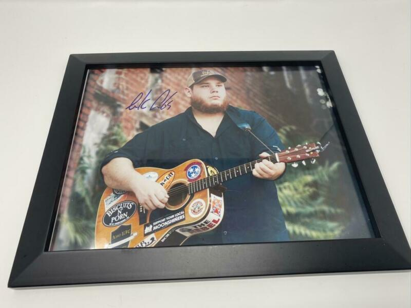 LUKE COMBS SIGNED AUTOGRAPH 11X14 PHOTO FRAMED - WHAT YOU SEE IS WHAT YOU GET A