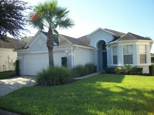 Luxury 4 Bedroom Vacation Villa in Calabay Parc Davenport Fl