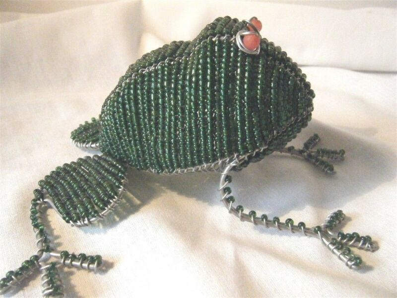 Green Beaded Frog Handcrafted Wire & Beads Cute Unique