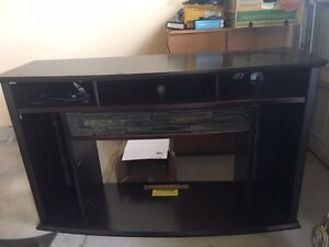 Fireplace TV Stand (with potlights) London Ontario image 1