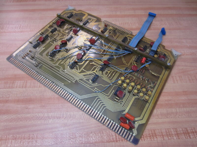Unimation D918a5 Circuit Board W/2 Ribbon Cables