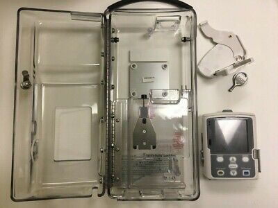 Smiths Medical Cadd-solis 2110 Infusion Pump Bundle W Lockbox Key Polemount