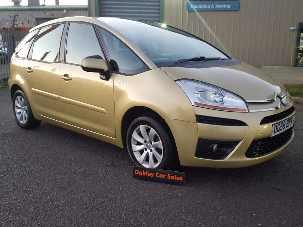 citroen c4 picasso 1 6 vtr 5 door manual petrol in gold nice car gold 2008 in corby. Black Bedroom Furniture Sets. Home Design Ideas