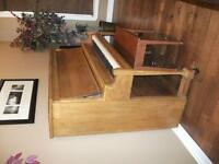 Price drop - Antique Piano, in GREAT condition