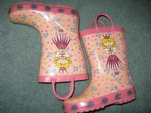 Little Girls Summer Shoes - Sizes 9-10 Sarnia Sarnia Area image 4