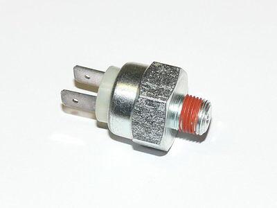 Bremslichtschalter Schalter Bremslicht 2-polig für VW Bus T2 T3 Bj.79-92 Neu