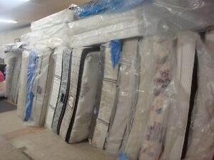 LIQUIDATION/Furniture/Mattresses/Household Items