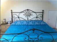 Double Bedroom with en-suite in Morden